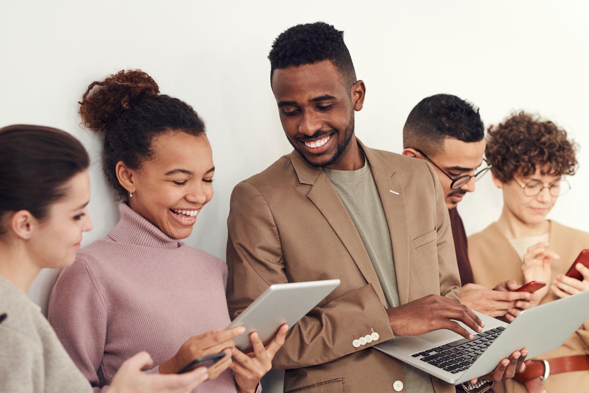 people-using-tech-smiling
